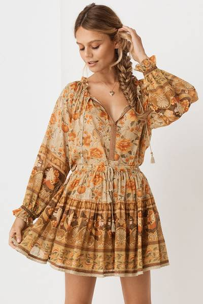 spell-and-the-gypsy-seashell-blouse-sand-1