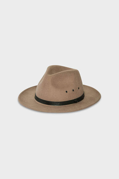 billy-bones-club-salted-caramel-fedora-1