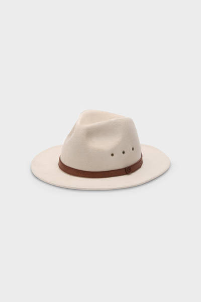 billy_bones_club_cream_fedora_1
