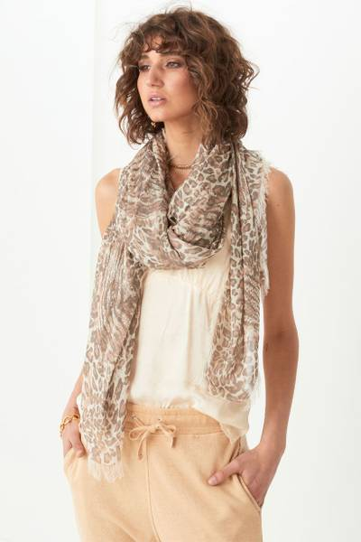ada-travel-scarf-2